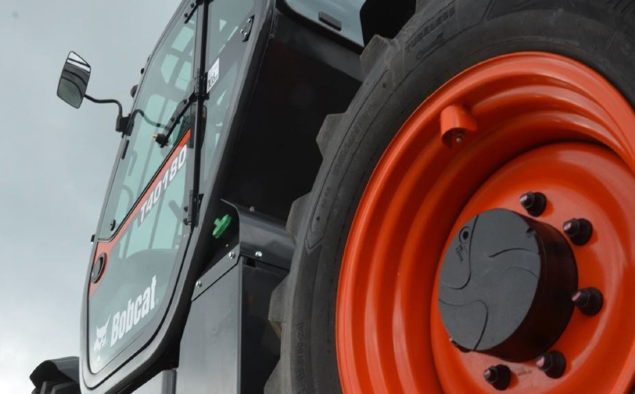 Image of a Bobcat Forklift Truck representing the Bobcat forklifts for Sale in Essex services and Bobcat forklifts for Sale in Suffolk services. Bobcat forklifts sales in Essex are a new service and range introduced by FTD as an addition of their Bobcat forklift sales in Suffolk.